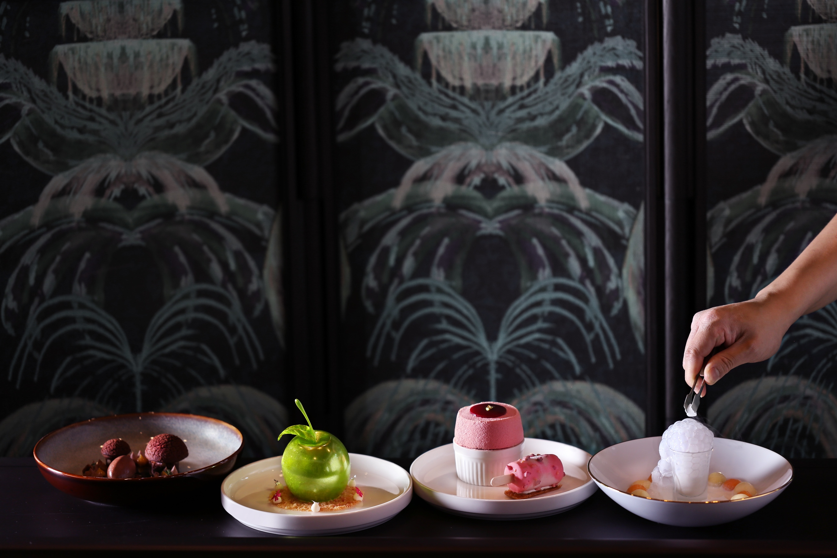 New Interactive Desserts At Regent Singapore