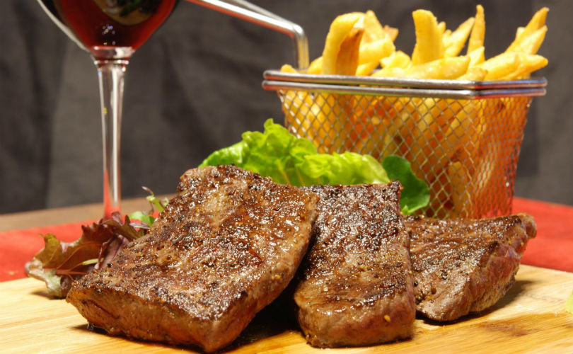 Australian wagyu rump steak with crispy fries at Fumée by Habanos